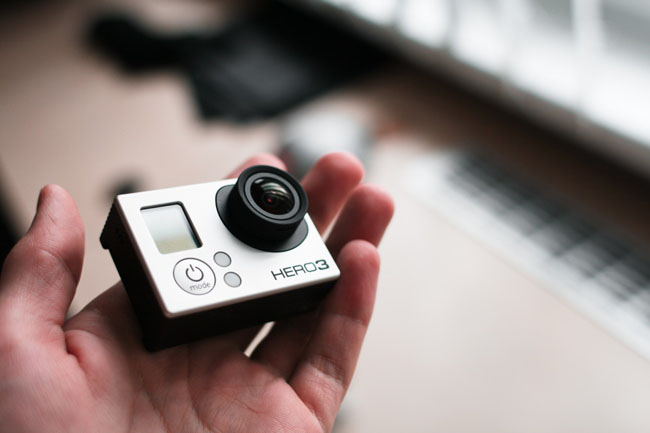 gopro-hero-3-in-hand