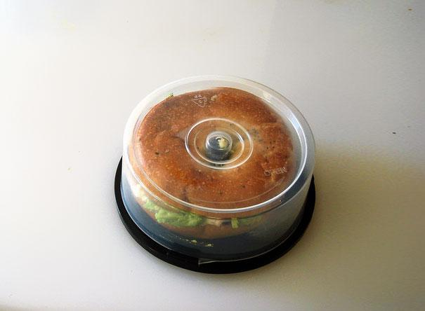 CD Spindle Into Bagel Holder