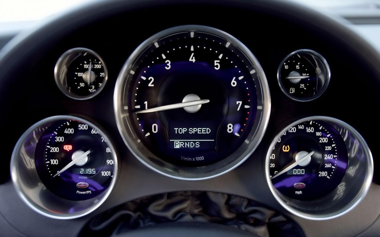 bugatti-veyron-dashboard