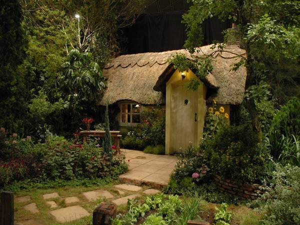 Tiny Home Designs: 30 Beautiful And Magical Fairy Tale Cottage Designs