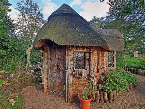 30 Beautiful And Magical Fairy Tale Cottage Designs