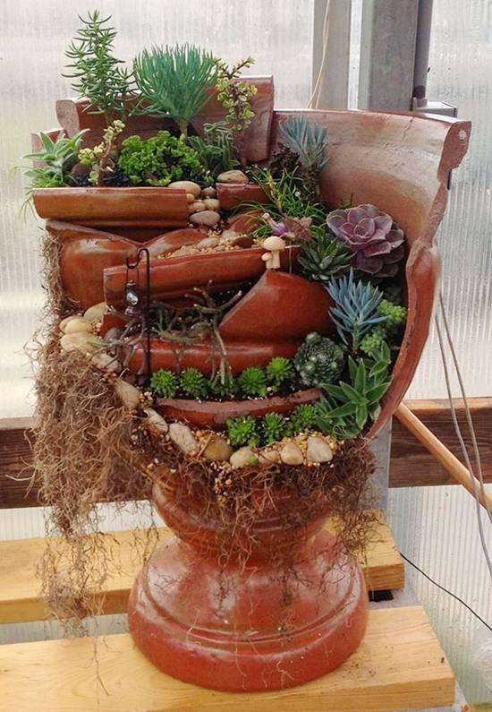 Beautiful Fairy Miniature Garden in Broken Flower Pots