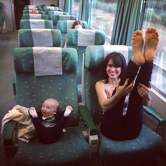 "Fascinating Photos of "" Like Mother, Like daughter"""