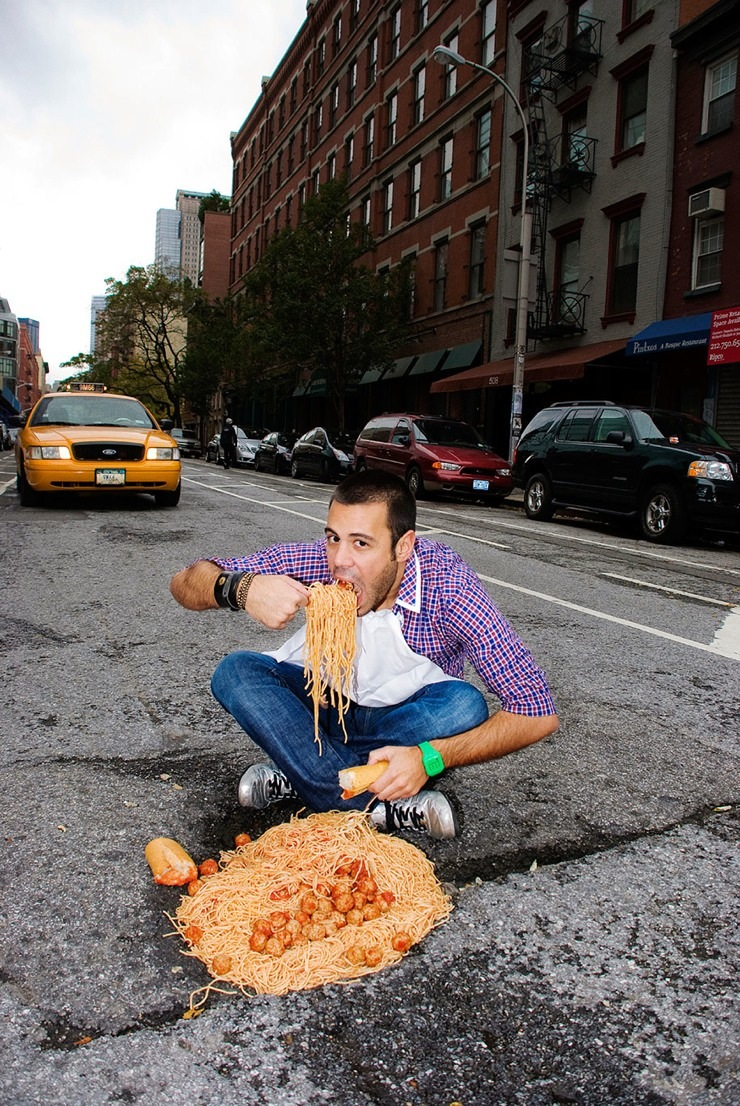 funny-use-out-of-potholes-in-their-city