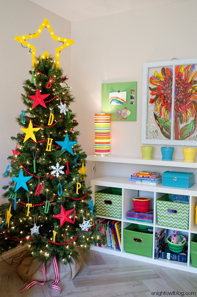 25 awesome christmas tree decorating ideas 2016 designmaz. Black Bedroom Furniture Sets. Home Design Ideas