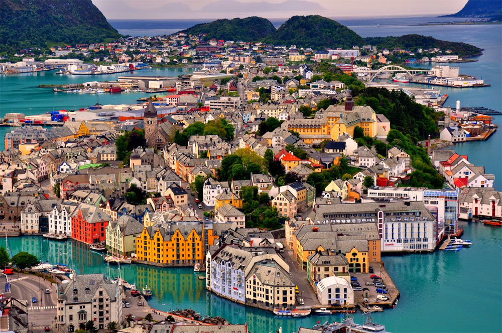 20 Amazing Places In Norway To Take Photos