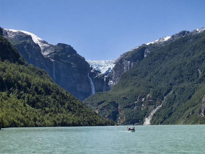 Ventisquero Colgante Falls