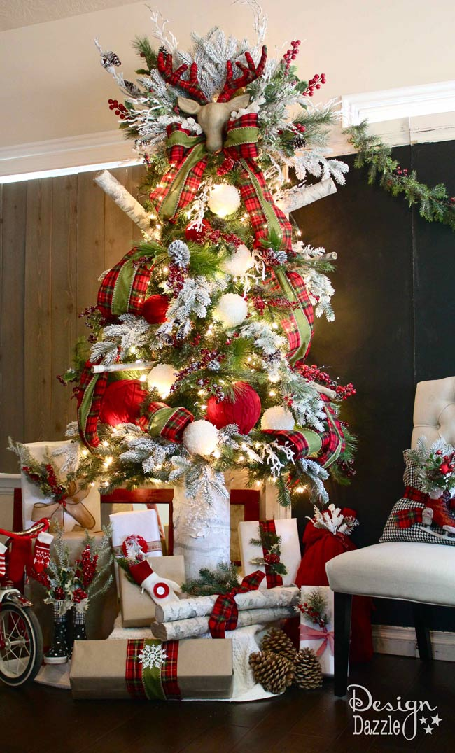 santas-cabin-woods-christmas-dream-tree