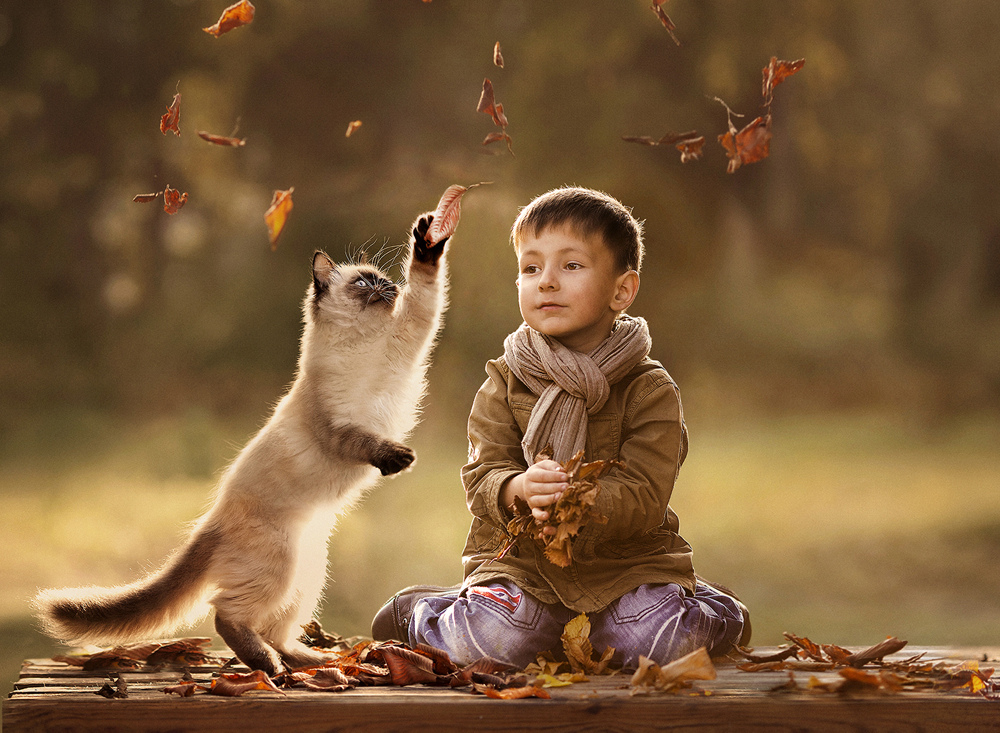 new-photo-series-of-kids-with-their-pets-from-elena-shumilova-5