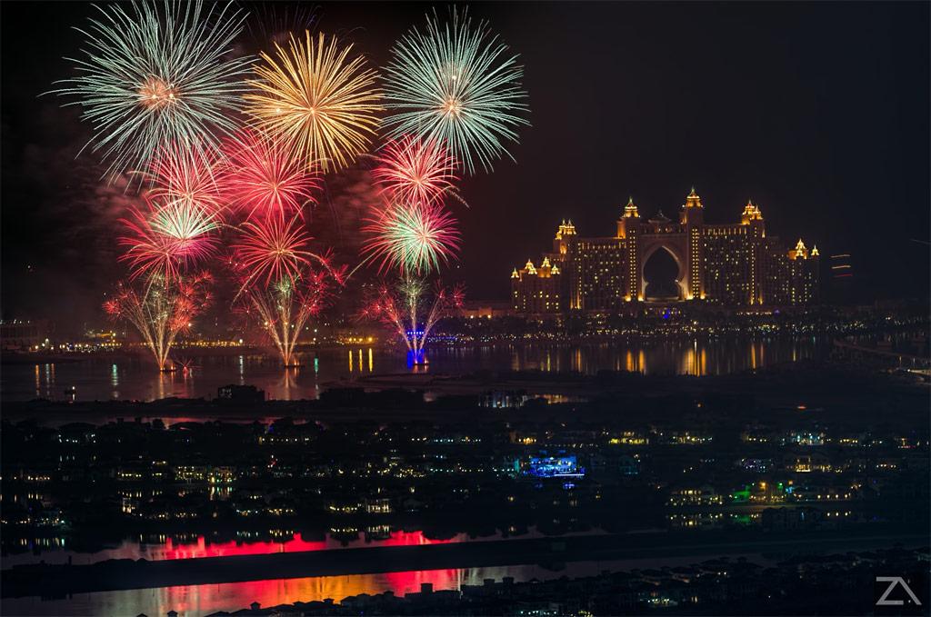 Fireworks-In-Atlantis-Dubai
