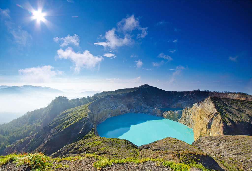 Crater-Lakes-of-Kelimutu
