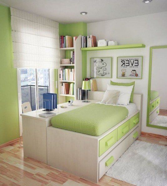 small-bedroom-green-and-white