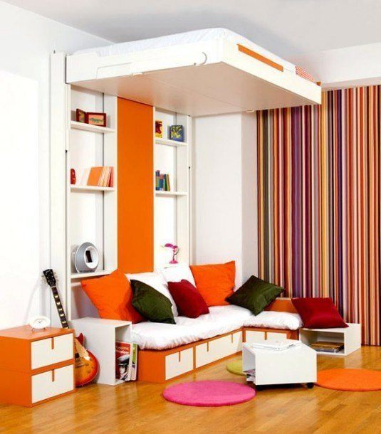 small-bedroom-orange-and-white