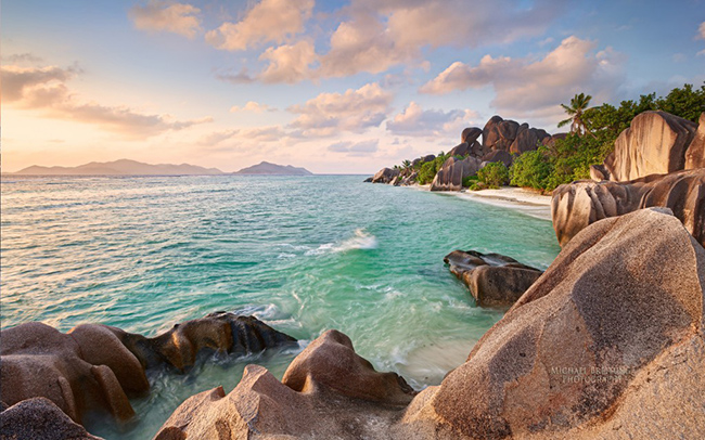la digue beach seychelles wallpaper