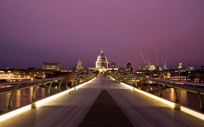 milennium bridge london wallpaper