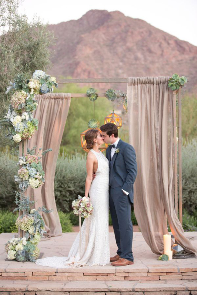 Arizona-succlent-wedding-arch-for-rustic-wedding-ceremony