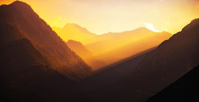 golden hour in the valley