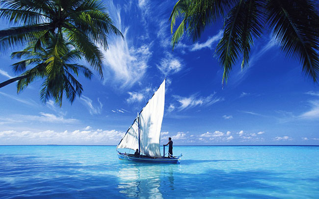 sailing over indian ocean wallpaper