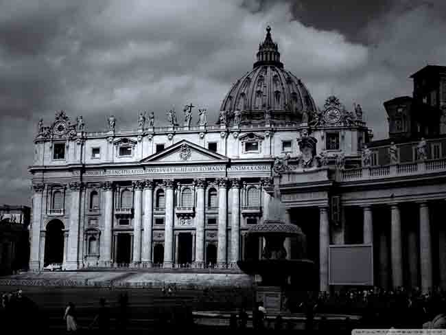 saint_peters_basilica-wallpaper-