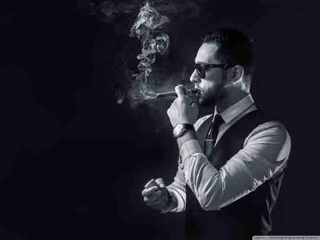 smoke_men-wallpaper-