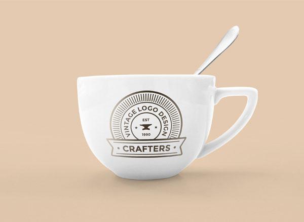 Free-Photorealistic-PSD-Coffee-Mug-Mockup
