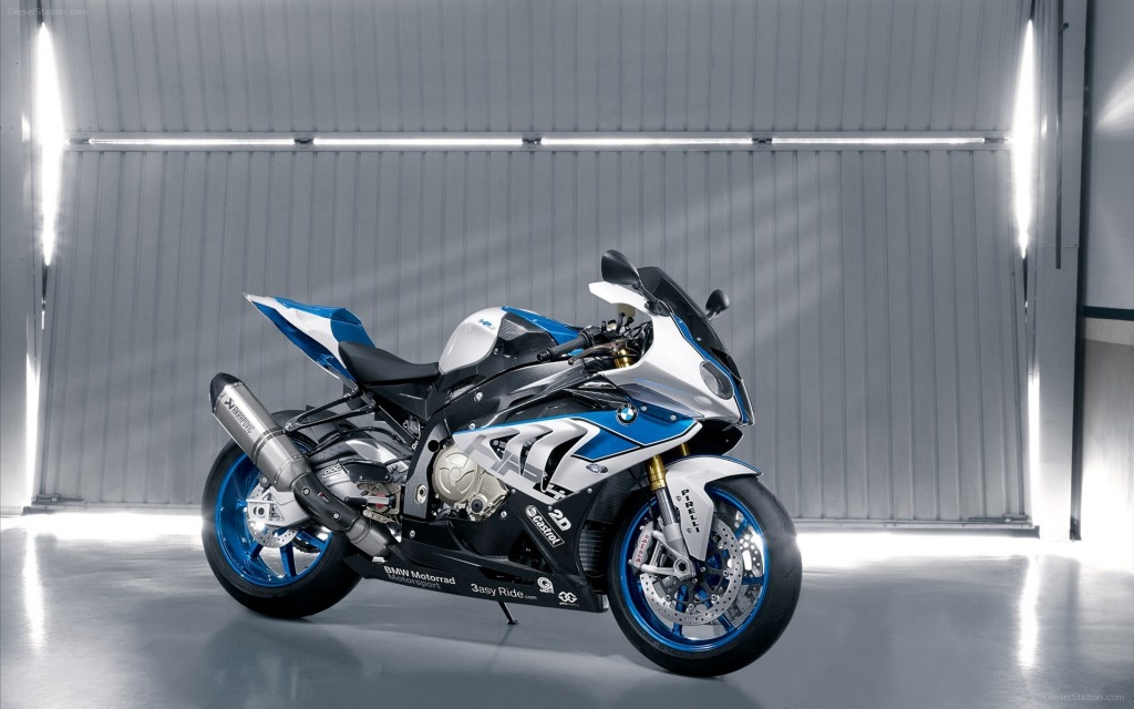 2013 BMW HP4 Bike Wallpaper